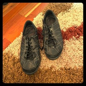 Hush puppies comfortable black 7.5 casual shoe
